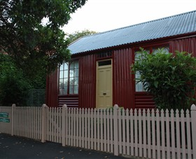 19th Century Portable Iron Houses - Accommodation Resorts