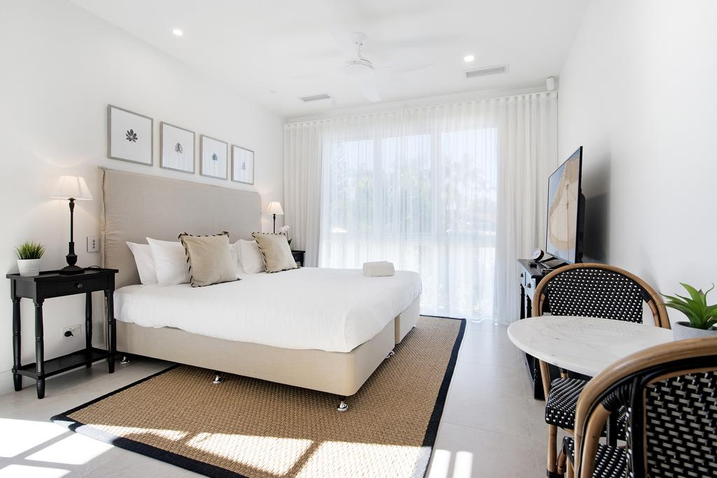 Hamptons #1 Broadbeach Apartment - 1 Bedroom - New Luxurious - Accommodation Resorts